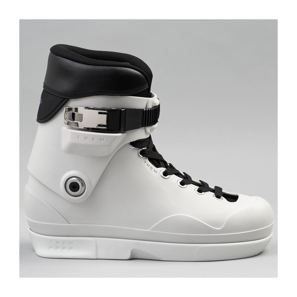 THEM 909 White Boots